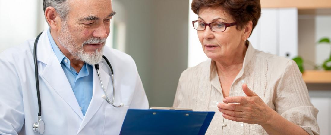 Normas destinadas a mejorar resultados de atención en salud se centran en el usuario